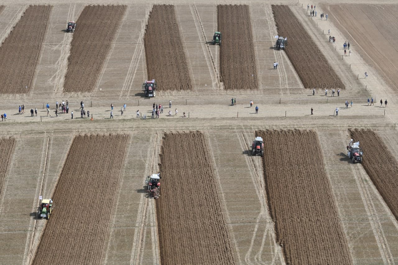 Agroalimentaire: en Bretagne, la loi du silence